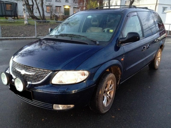 TRES BEAU CHRYSLER GRAND VOYAGER 2,5 LX
