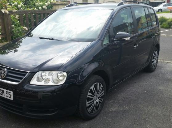 Volkswagen touran 1 9 tdi noir 105 cv auto volkswagen for Garage ml auto beaumont sur oise