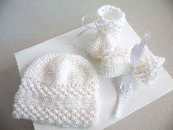 Bonnet chaussons BLANCS tricot laine fai