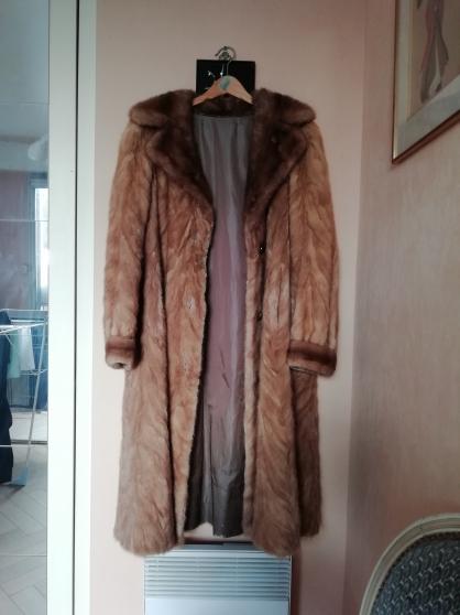 Manteau véritable vison taille 42