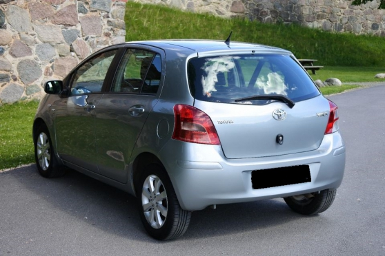 Toyota Yaris limited édition - Photo 4