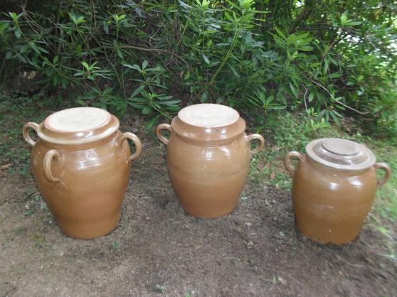 Annonce occasion, vente ou achat 'Belles jarres de terre cuite'