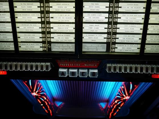 jukebox wurlitzer 1800 de 1955 - Photo 4
