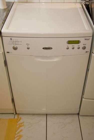 check-out cd74e d9526 Lave-vaisselle Whirlpool 6ème Sens - Marche.fr