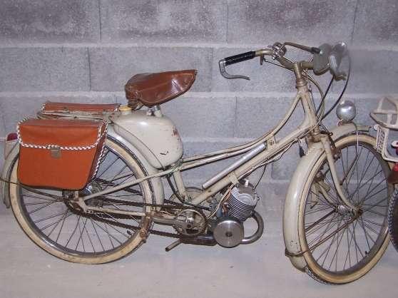 vend mobylette motobecane mod le av liverdun moto scooter v lo anciennes liverdun. Black Bedroom Furniture Sets. Home Design Ideas