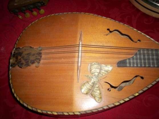 mandoline/ banjo