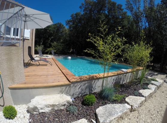 A Louer maison avec piscine 8 pers