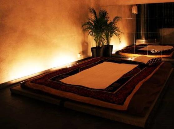 Massages et spa nantes adultes massages rotiques nantes reference adu mas mas petite - Salon massage erotique nantes ...