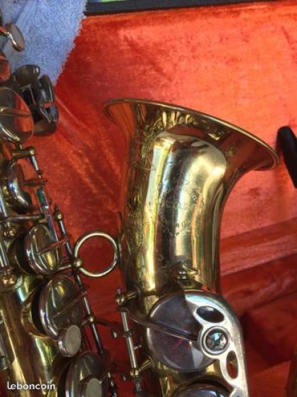 Petite Annonce : Saxo alto - Saxo alto grassi trés bon état, tamponné et ressors révisé. reprise