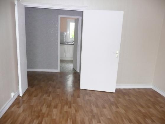Petite Annonce : Loue f2 54 m2 amiens - Loue F2 54 m2 AMIENS quartier Saint-Jacques Saint-Roch, spacieux et