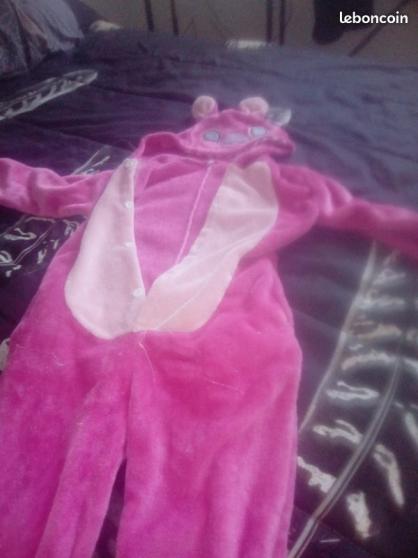 un pyjama combi stitch et une robe - Photo 2