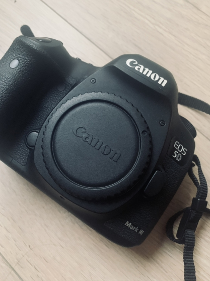Vends Canon 5D mark III & accessoires - Photo 2
