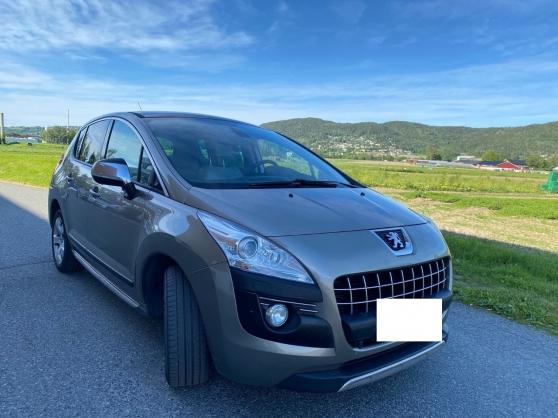 Annonce occasion, vente ou achat 'Peugeot 3008 1.6D110KH NAVI tête haute'