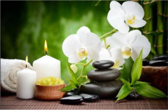 Massage aux femmes et aides-soignantes