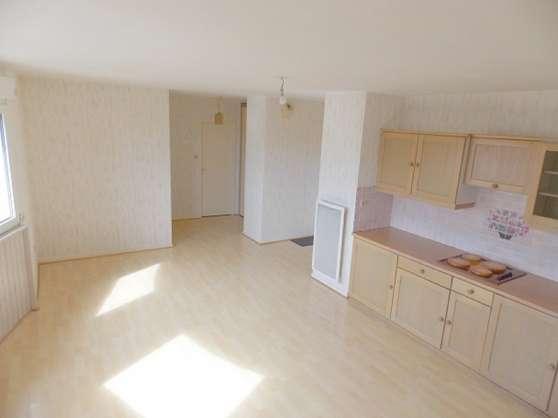 Bel appartement à Luxeuil – A DISCUTER