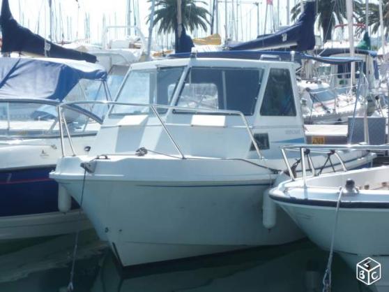 artaban 530 moteur 50 cv place de bateau  u00e0 st
