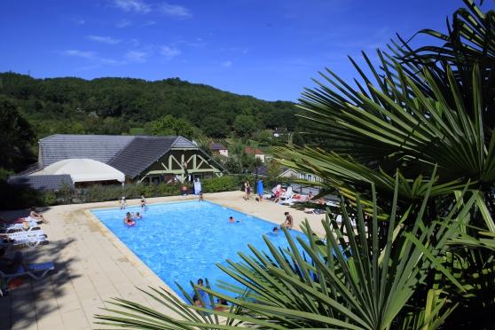 Location Vacances - Brive avec Piscine
