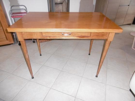 Annonce occasion, vente ou achat 'table en chene massif'