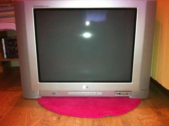 TV LG 70 cm