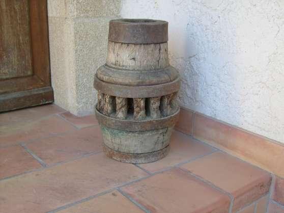 Moyeu roue de charette marseille meubles d coration lampes spot lampe huile - Roue de charette decoration ...