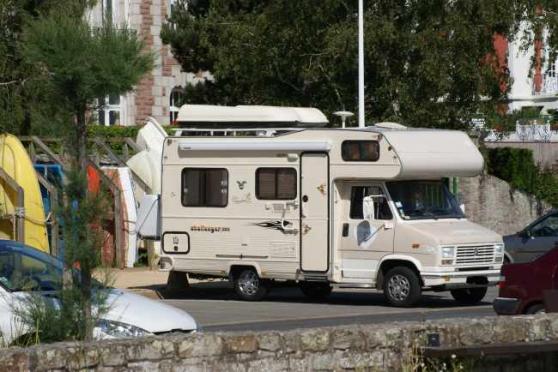 camping car peugeot j5 charleville m zi res caravanes camping car camping car charleville. Black Bedroom Furniture Sets. Home Design Ideas