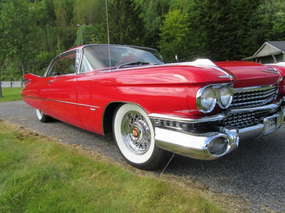Cadillac Deville Coupe serie 62