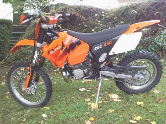 Petite Annonce : Ktm 250 exc 2006 - Vends KTM 250 EXC 2006 TBE  Aucun frais à prévoir- Entretien suivi
