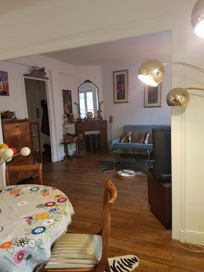 Petite Annonce : Appart t4 standing, ultra centre lorient - Appartement T4 proche du bassin à flots, comprenant 1 double séjour