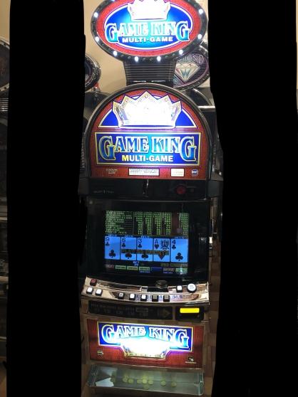 Petite Annonce : Vidéo poker - Vidéo Poker de casino Igt Gameking. Tactile, monnayeur. Me laisser un