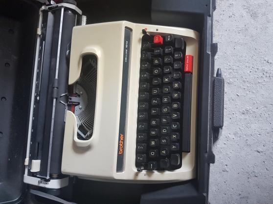 Annonce occasion, vente ou achat 'Vent machine à écrire Brother DELUXE1613'