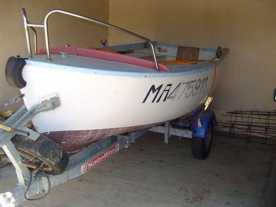 barque de peche 6cv + remorque
