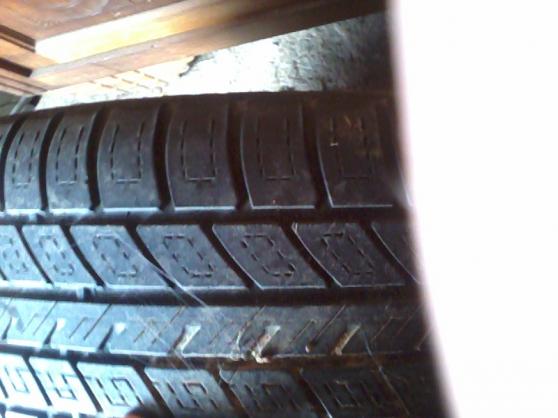 roue complete vimoutiers auto accessoires pneus vimoutiers reference aut pne rou petite. Black Bedroom Furniture Sets. Home Design Ideas