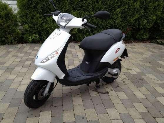 piaggio zip 50 2t moto scooter v lo piaggio vespa baix reference mot pia pia petite. Black Bedroom Furniture Sets. Home Design Ideas
