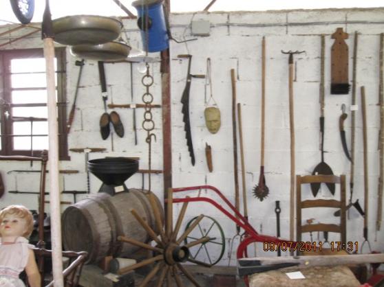 VIDE musée de l'outillage, vieux meubles - Photo 3