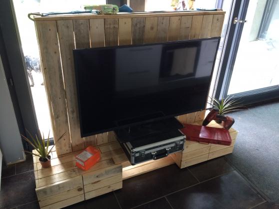meuble tv en bois de palettes fait