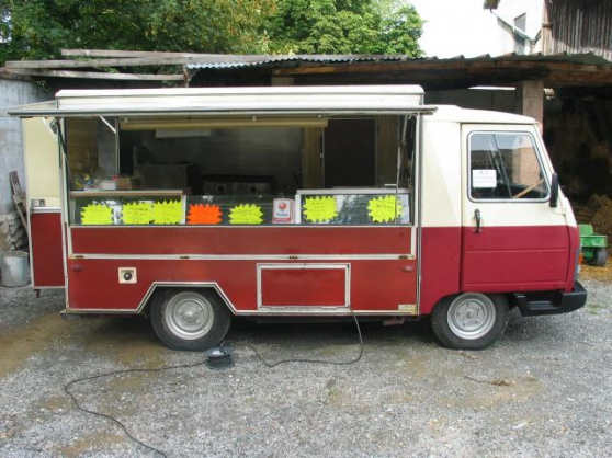 Camion Snack frite Peugeot j9