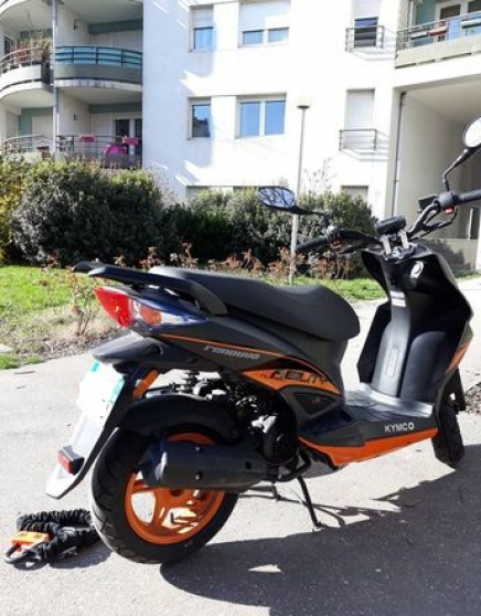 "Scooter 50cc ""Kymco agility naked renouv"