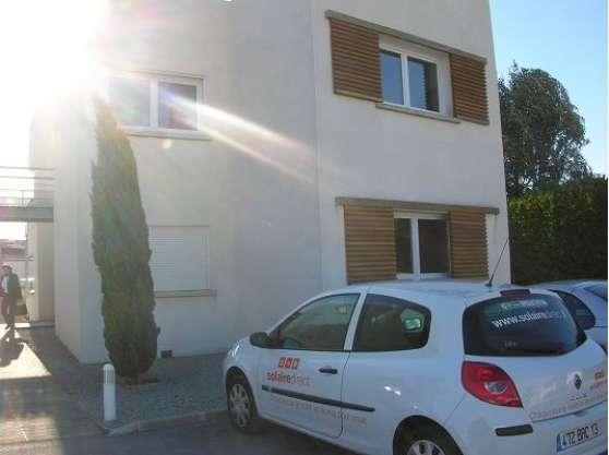90 m² bureaux Castries location