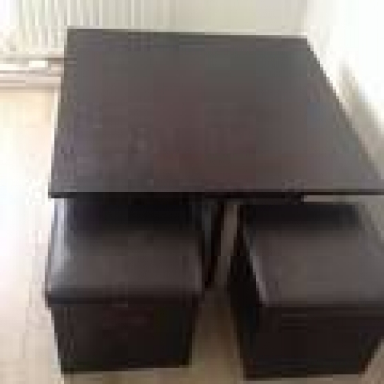 Table basse avec 4 poufs encastrables massy meubles for Table avec tabouret encastrable