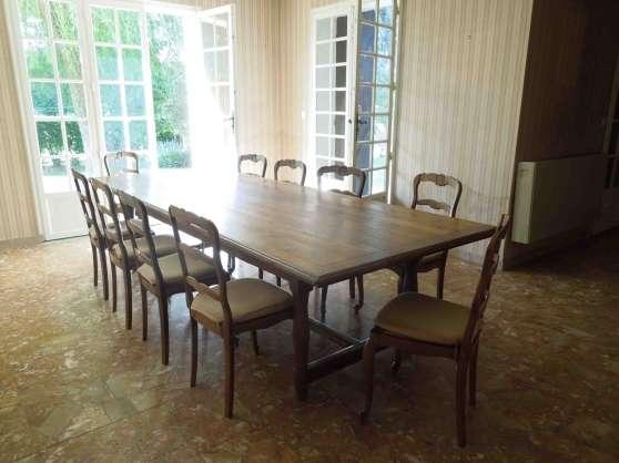 belle table de ferme rustique ancienne chevreuse antiquit art brocantes meubles anciens. Black Bedroom Furniture Sets. Home Design Ideas