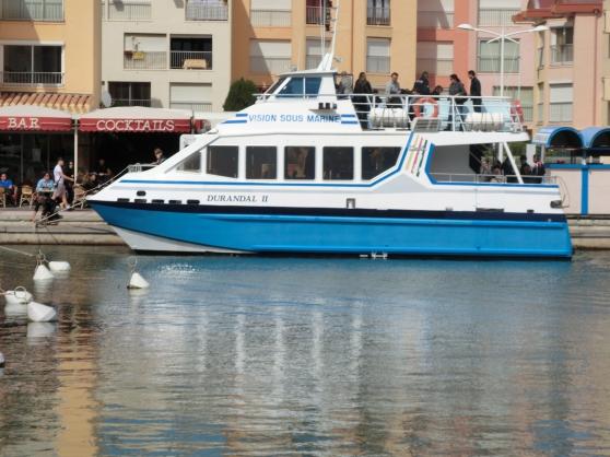 A vendre magnifique catamaran de 107 pas