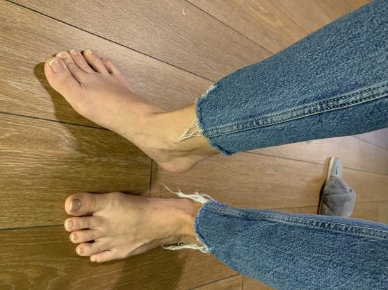 Jolis pieds à votre service