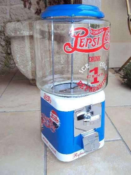 Distributeur bonbon acorn 1950 th pepsi automate juke for Bar le duc code postal
