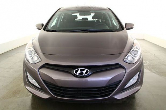 Stock Hyundai i30 matrix