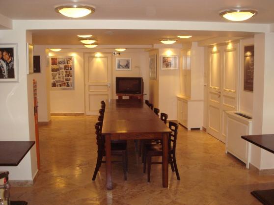 salle de réunion 25 à 30 personnes max.