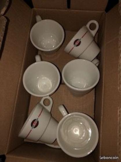 Annonce occasion, vente ou achat 'lot de 6 PAIRES tasses et sous tasses'