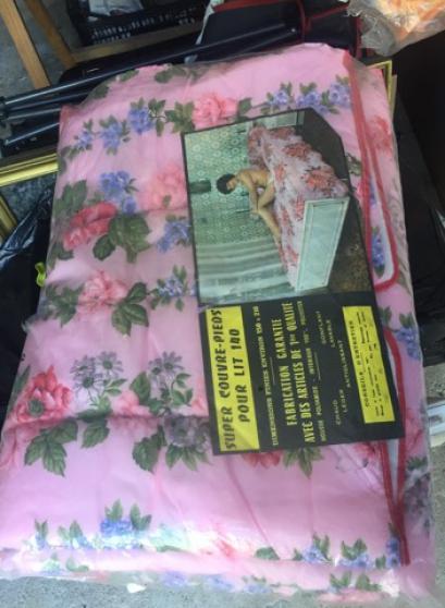 Annonce occasion, vente ou achat 'Dessus de lit'