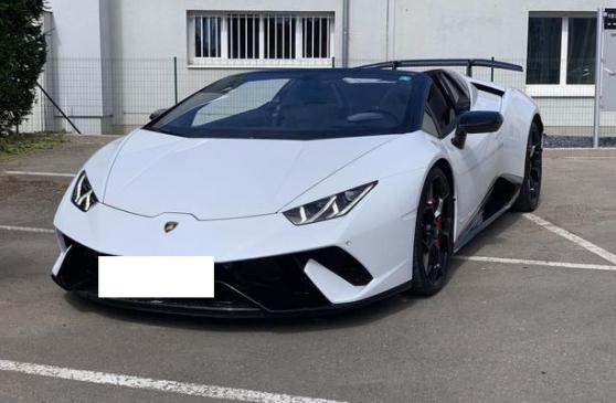 Lamborghini Huracán SPYDER Performante L