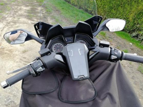 Scooter Honda Forrza - Photo 3