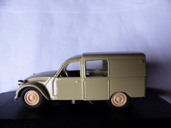 Annonce occasion, vente ou achat 'CITROEN 3CV camionnette ELIGOR 1/43ème'
